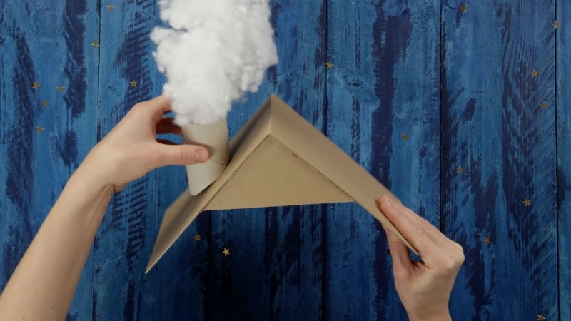 Make Your Own Advent Calendar With 25 Toilet Rolls And