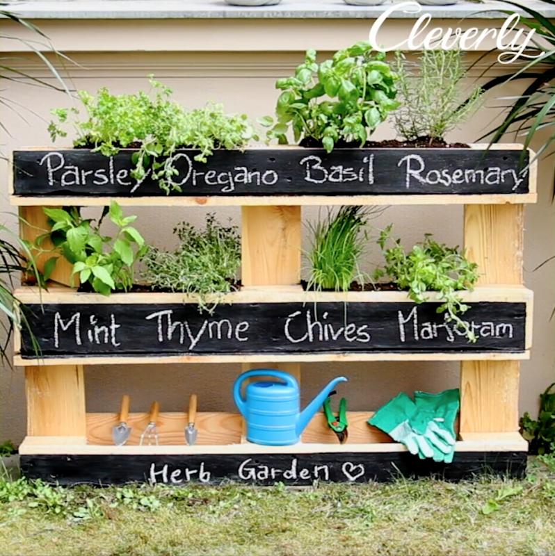 8 Beautiful Diy Garden Decorations To Spruce Up Your Backyard