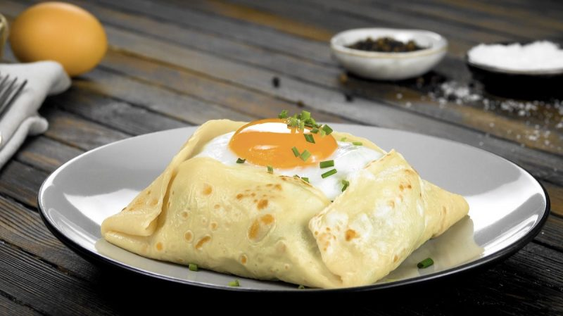 Savory Breakfast Crepe Pockets Are The Best Way To Start Your Morning