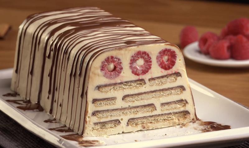 White Chocolate Raspberry Icebox Cake