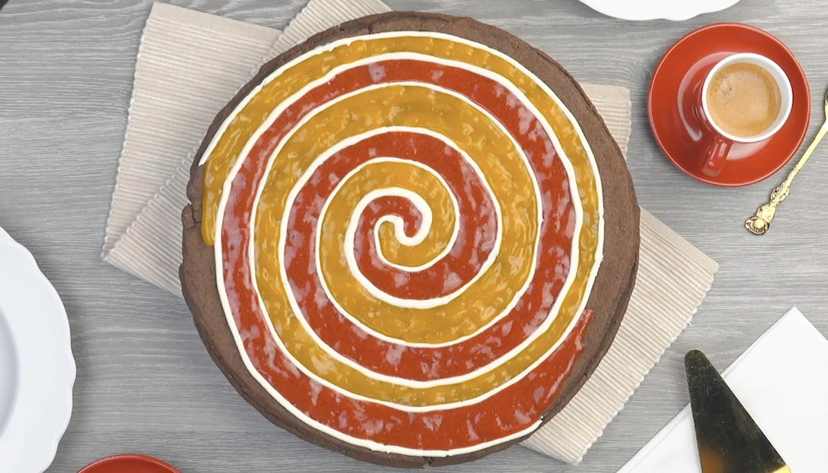 Strawberry Mango Spiral Pie