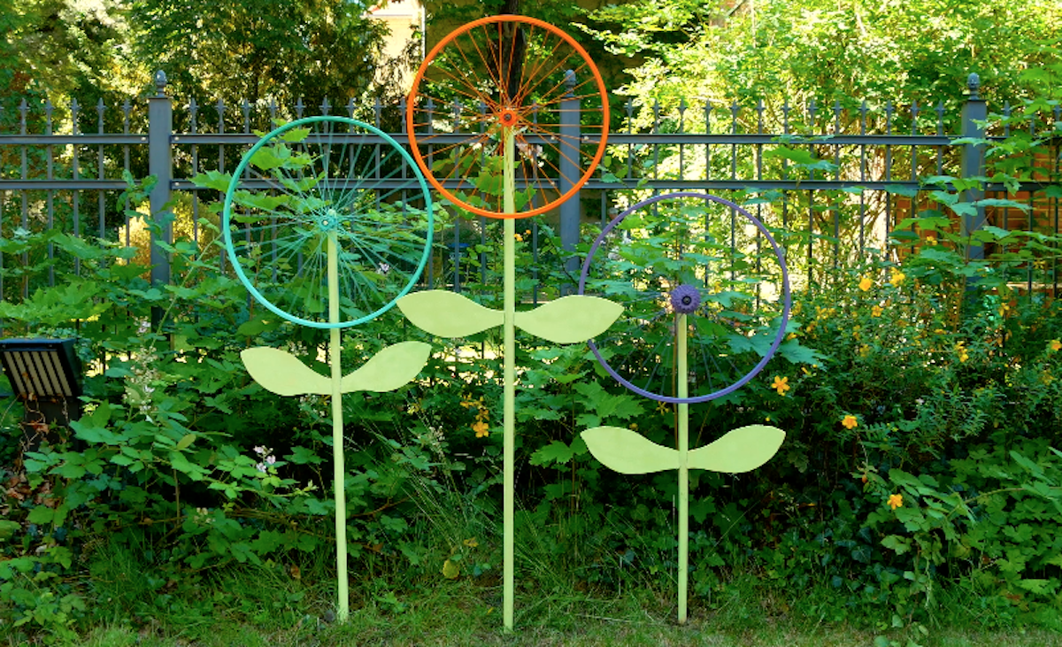 Bike Wheel Flower Decorations