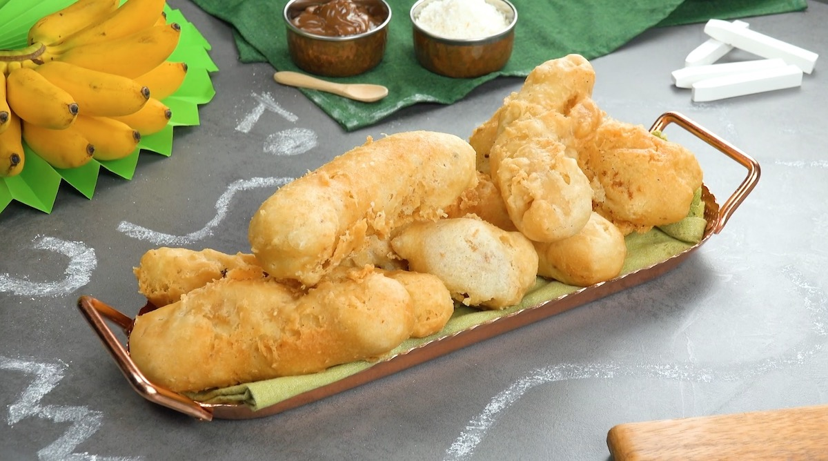 Crispy Fried Bananas (Pisang Goreng) Filled With Melty Chocolate