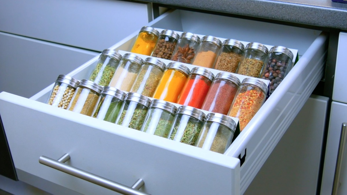 Clever Ways To Organize Your Kitchen