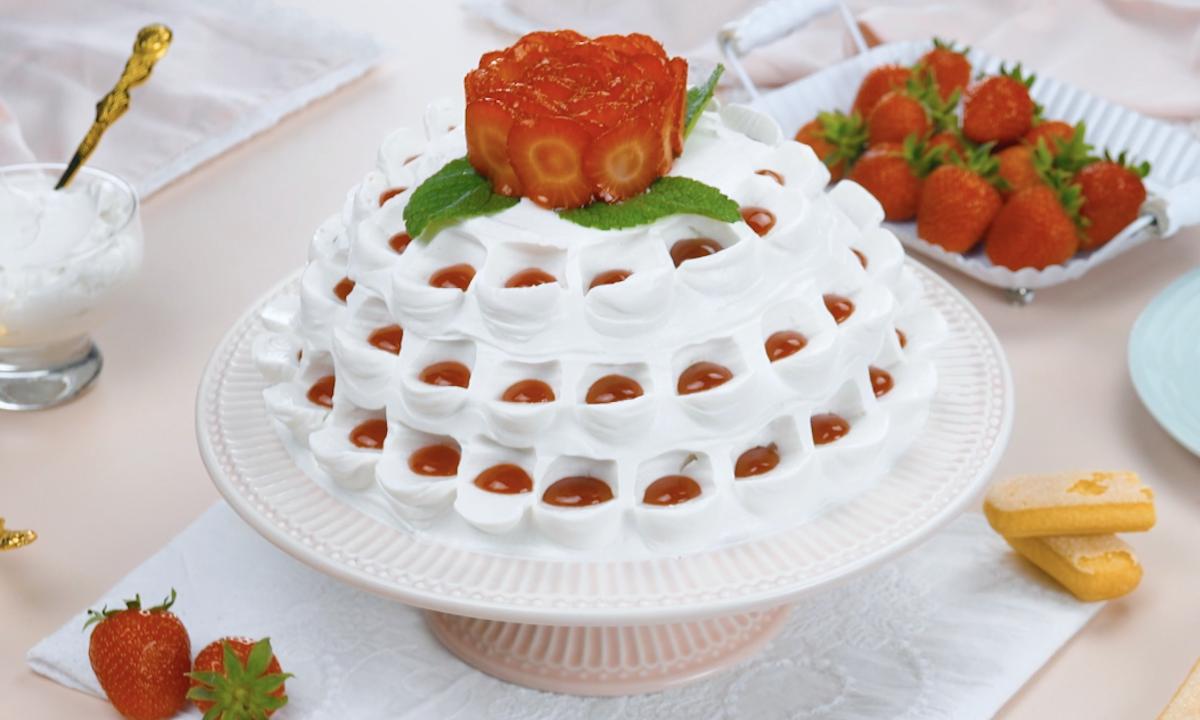 Strawberries & Cream Tiramisu