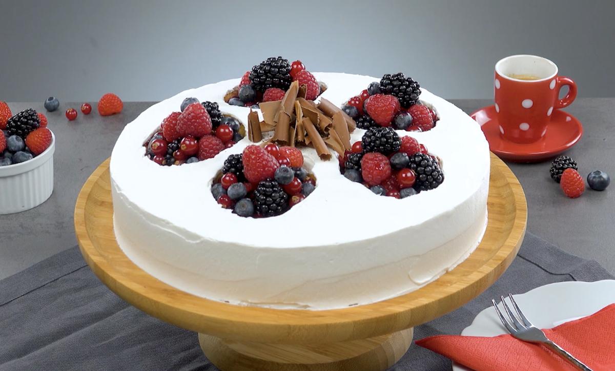 Mixed Berry Yellow Cake