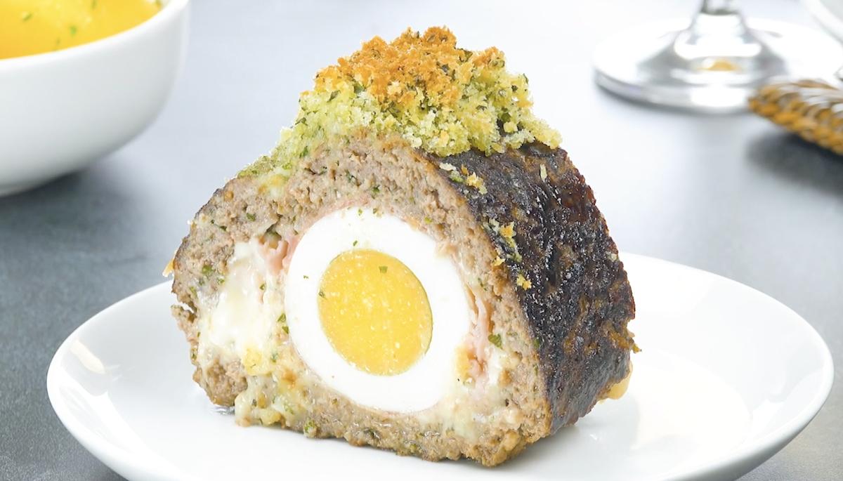 Long Egg-Stuffed Meatloaf