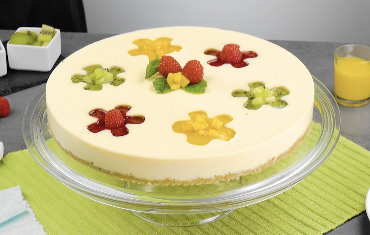 Vanilla Pudding Cake With Fruity Flower Petals